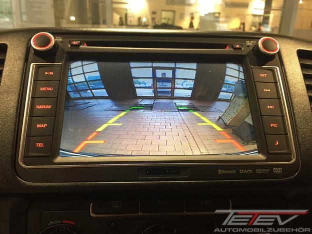 Clarion Navigation und Mini Rückfahrkamera VW T5 Transporter